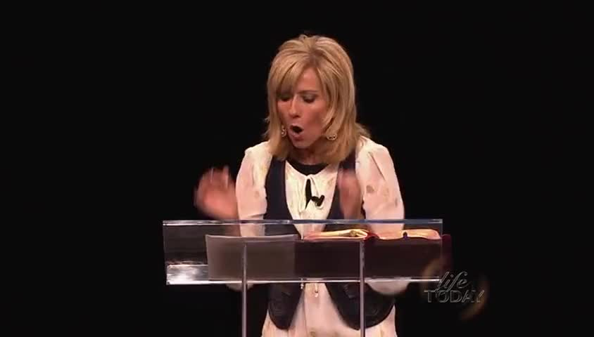 """""""Beth Moore: """"To Hunger and Thirst for God,"""" part 2"""