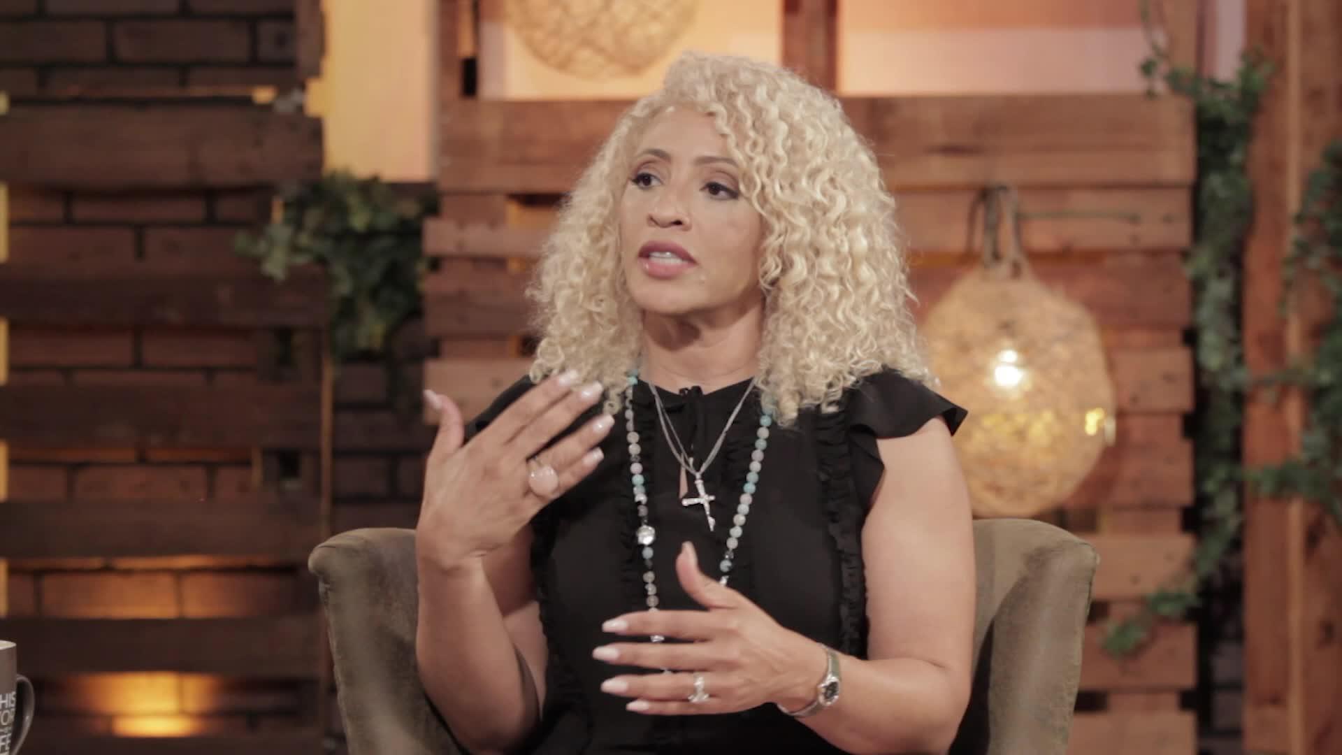 Mia Wright: Women and Preaching
