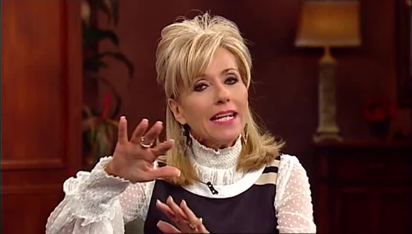 Beth Moore: Rising Above The Storm